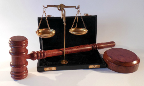 Ответственность за долги бывшего мужа беспокоят приставы и кредиторы
