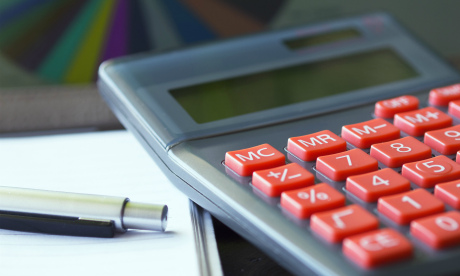 Реально ли сэкономить и где кроется подвох в скидочных акциях в преддверии Нового года