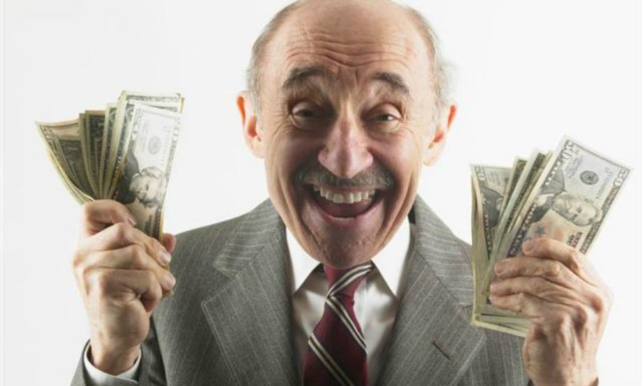 Пенсионер с долларами