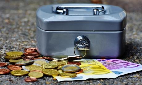 Где хранить деньги и как их приумножить: лучшие способы сбережения
