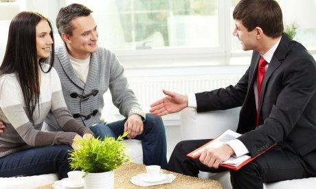 Кто может оказать реальную помощь в получении кредита?