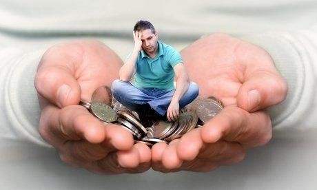 Как перестать тратить деньги и начать экономить? Практические советы