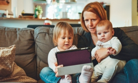 Какие пособия положены матерям-одиночкам в 2019 году?